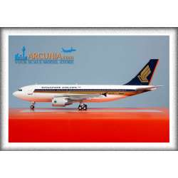 """Singapore Airlines Airbus a310-300 """"9V-STP""""..."""